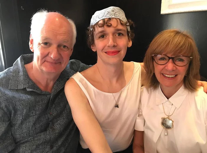 Colin Mochrie and trans family